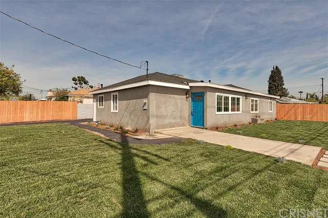 Single Family Home for Sale at 13853 Pierce Street Arleta, California 91331 United States