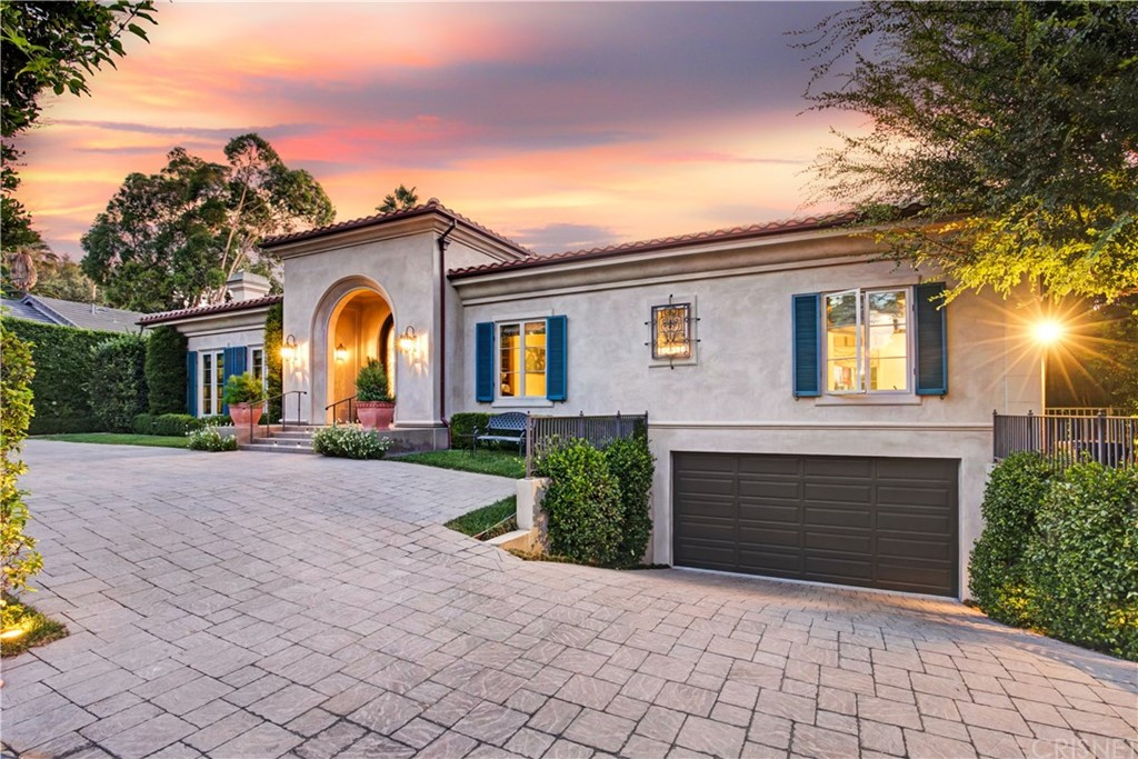 Photo of 4723 WHITE OAK AVENUE, Encino, CA 91316