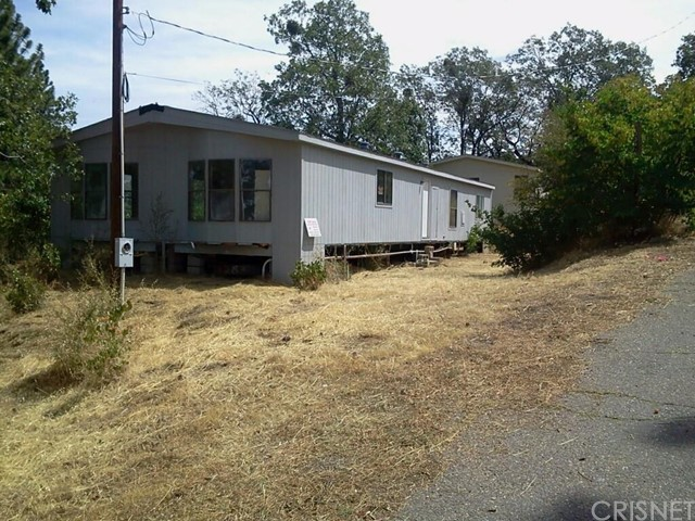 Single Family for Sale at 33430 Navion Road Paynes Creek, California 96075 United States
