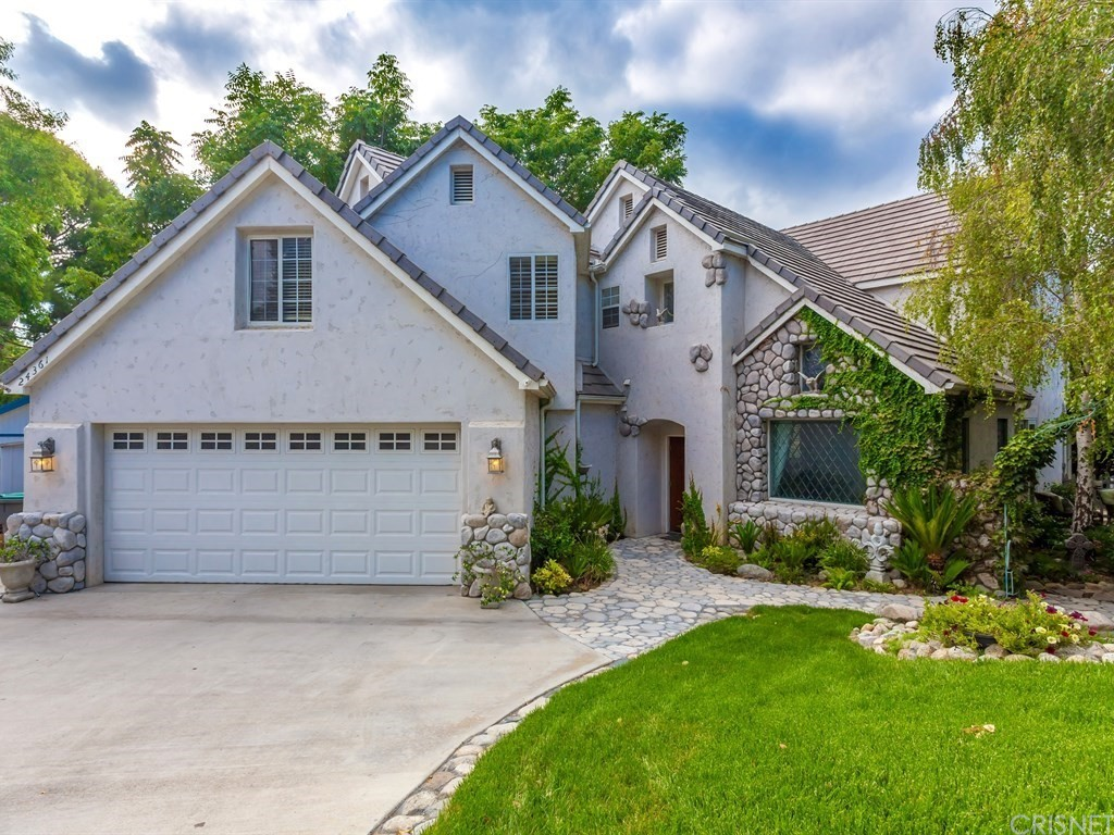 24361 VALLEY Street, Newhall, CA 91321