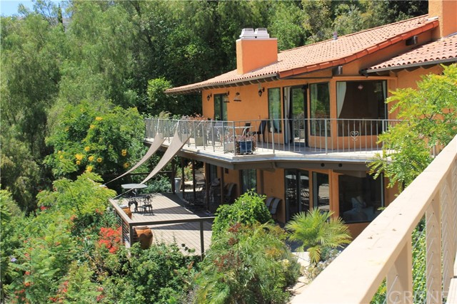 Single Family Home for Sale at 17800 Ridgeway Road Granada Hills, California 91344 United States