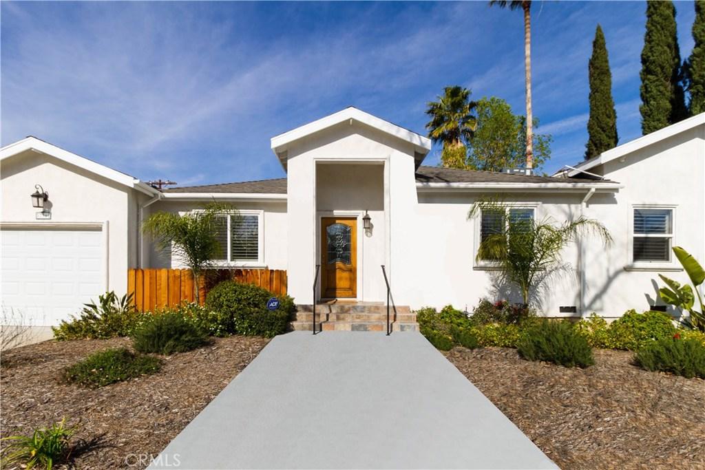 17901 Collins Street, Encino, CA 91316