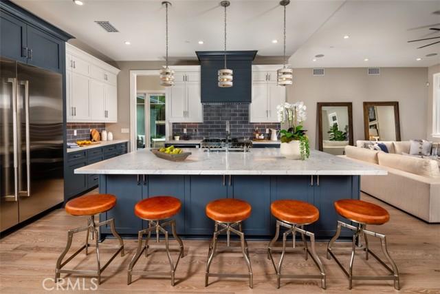 4200 Mesa Vista Drive, La Canada Flintridge CA: http://media.crmls.org/mediascn/d4e585f8-96f9-4dca-aa67-5f7fb6d9eb83.jpg