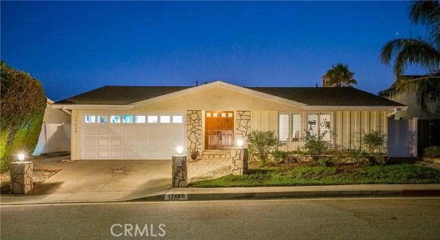17460 Tuscan Drive, Granada Hills CA: http://media.crmls.org/mediascn/d50db09f-64ab-4f52-bbd3-6999333a32d7.jpg