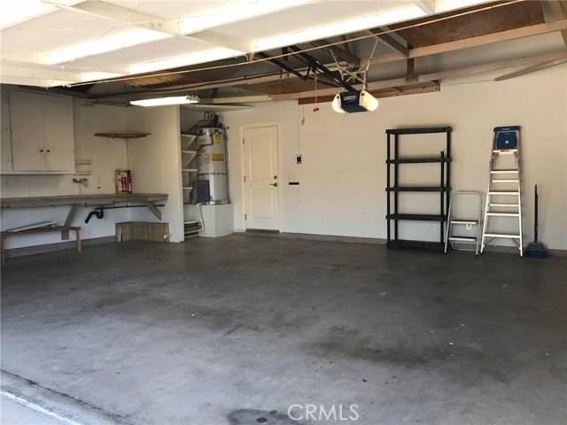 2778 Drummond Place, Thousand Oaks CA: http://media.crmls.org/mediascn/d52473d8-ef52-4f9f-9bb4-86f7259c5dbc.jpg