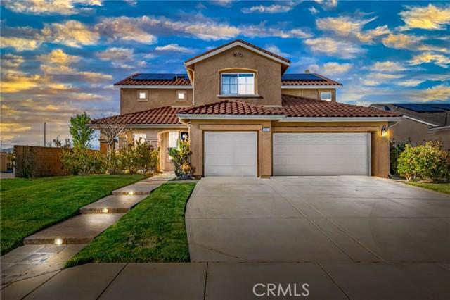 6551 La Sarra Drive, Lancaster CA: http://media.crmls.org/mediascn/d530080c-b0c9-4c64-9176-500a692bcc63.jpg