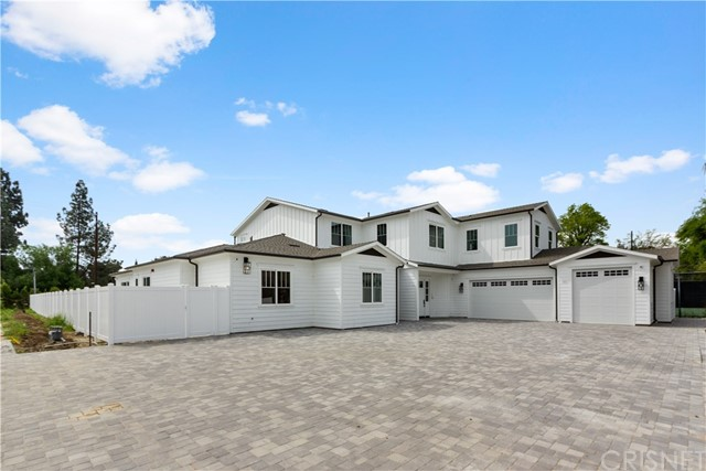 Photo of 22940 Hatteras Street, Woodland Hills, CA 91367