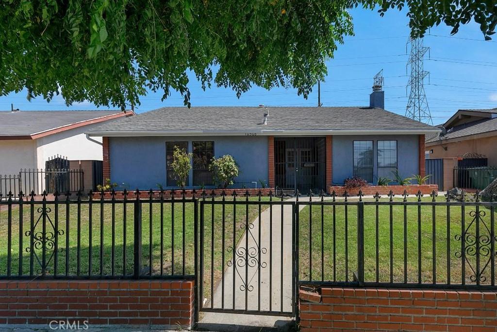 10508 WOODMAN Avenue, Mission Hills San Fer, CA 91345