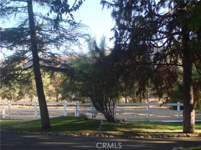 2011 Carson Mesa Road, Acton CA: http://media.crmls.org/mediascn/d58ffab1-97b7-48bd-b678-56add3580770.jpg