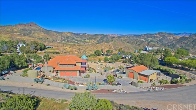 31902 FIRECREST ROAD, AGUA DULCE, CA 91390  Photo 1