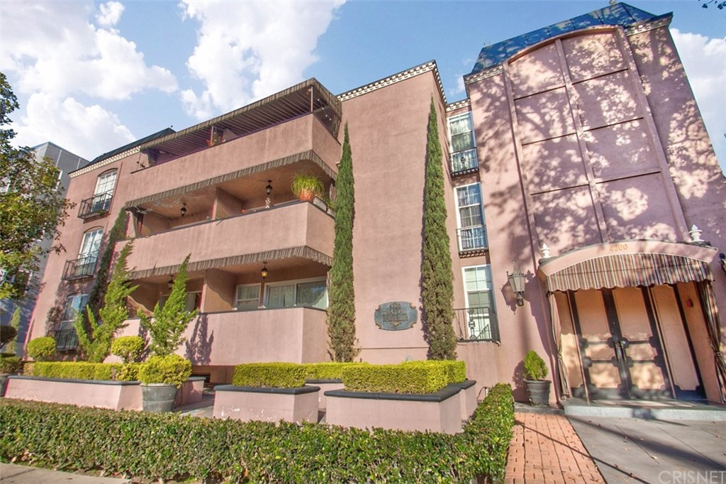 Photo of 4200 Laurel Canyon Boulevard #205, Studio City, CA 91604