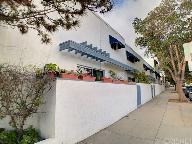 1457 Stanford St, Santa Monica, CA 90404 Photo 2