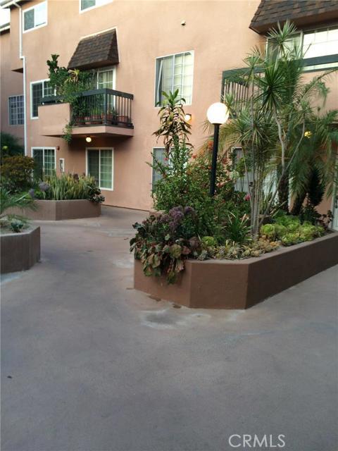 147 Acacia Avenue 147, Glendale, CA, 91204