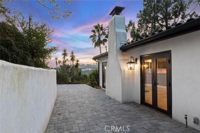 7436 Del Zuro Dr, Los Angeles, CA 90046 Photo 16