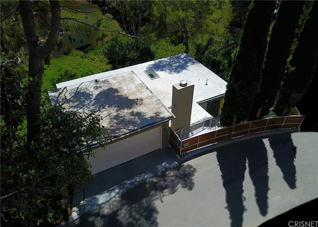6090 RODGERTON Drive, Hollywood Hills, CA 90068