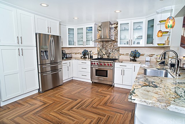 Additional photo for property listing at 27311 Peninsula Drive  Lake Arrowhead, California 92352 United States
