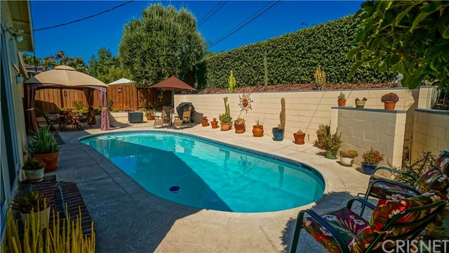 6127 Lockhurst Drive Woodland Hills, CA 91367 - MLS #: SR17207968