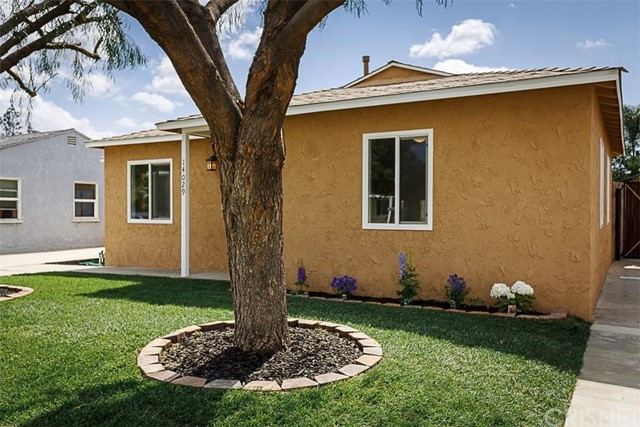 Property for sale at 14029 Premiere Avenue, Bellflower,  CA 90706