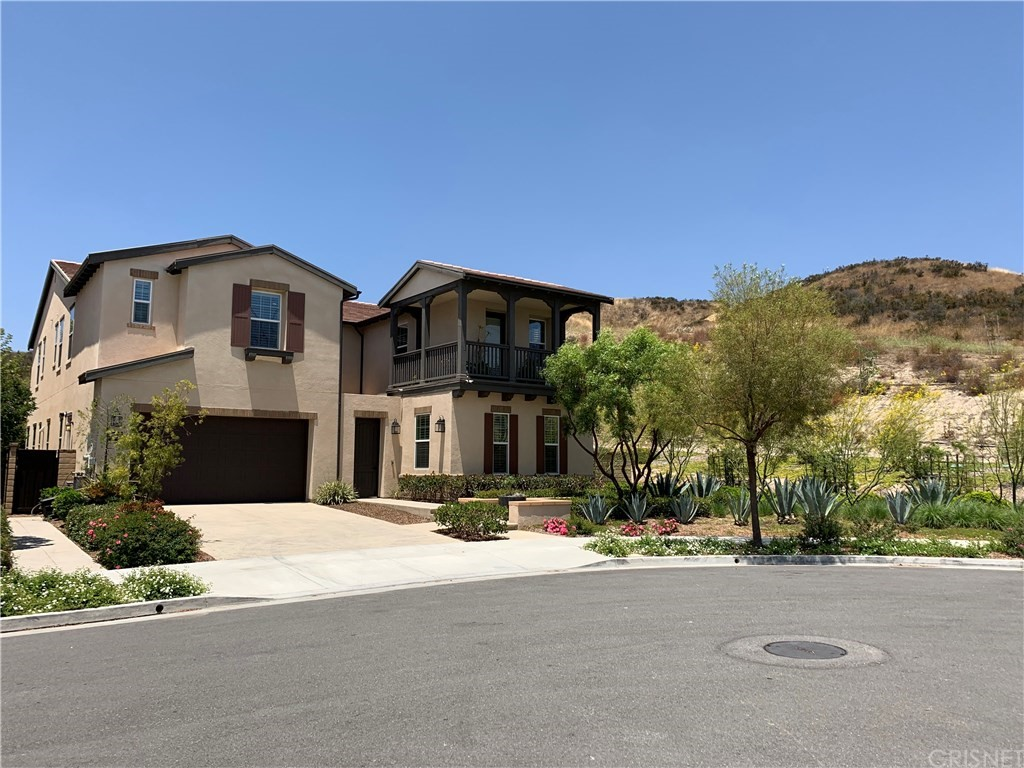 Photo of 27697 CAMELLIA DRIVE, Saugus, CA 91350