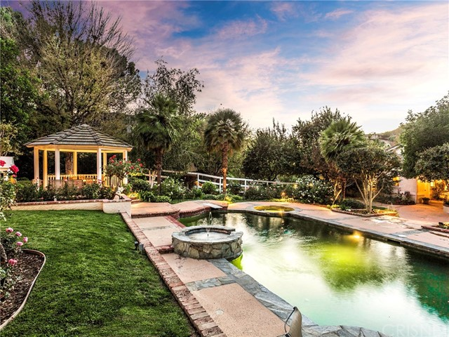 Single Family Home for Sale at 8 Cinch Road Bell Canyon, California 91307 United States