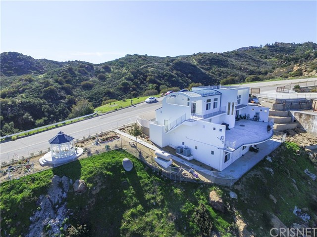Single Family Home for Sale at 24015 Woolsey Canyon Road West Hills, California 91304 United States