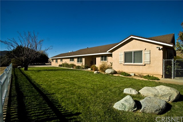 Single Family Home for Sale at 9235 Leona Avenue Leona Valley, California 93551 United States
