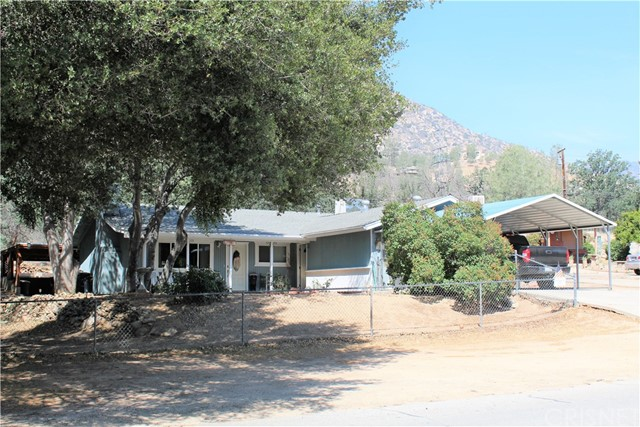 Single Family Home for Sale at 397 Burlando Road Kernville, California 93238 United States