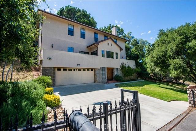 5832 Oak Knolls Road, Simi Valley CA: http://media.crmls.org/mediascn/d7d3a8a2-2385-455d-9c93-7c80c6f6c856.jpg