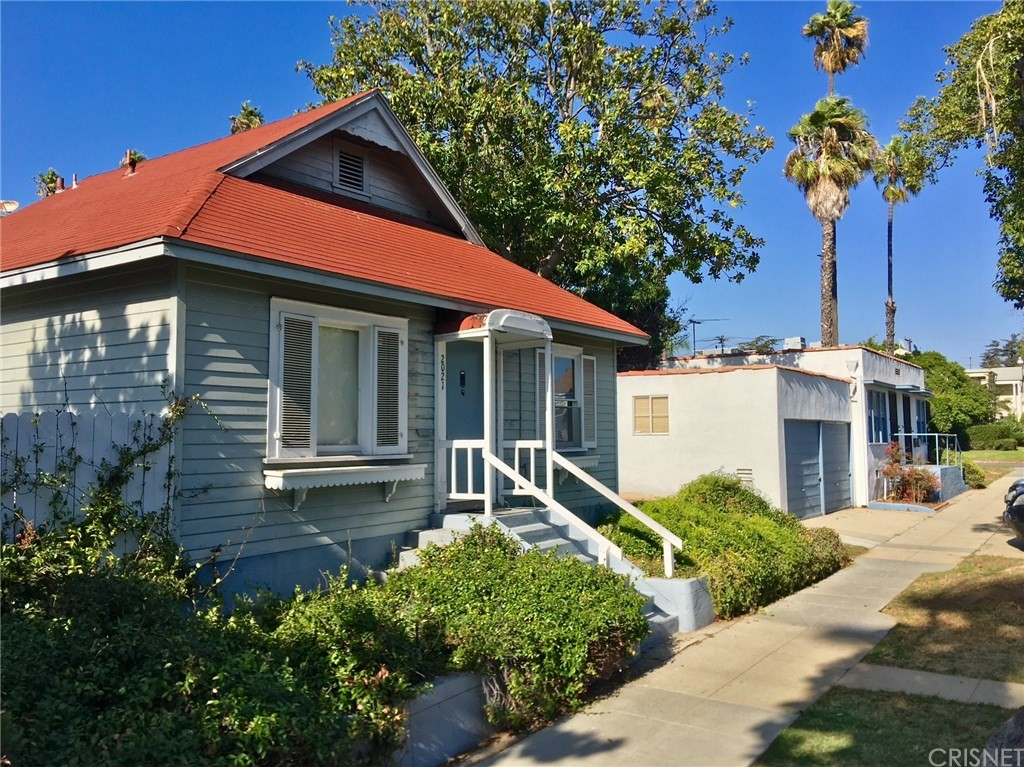 2021 IDAHO AVENUE, SANTA MONICA, CA 90403  Photo 2