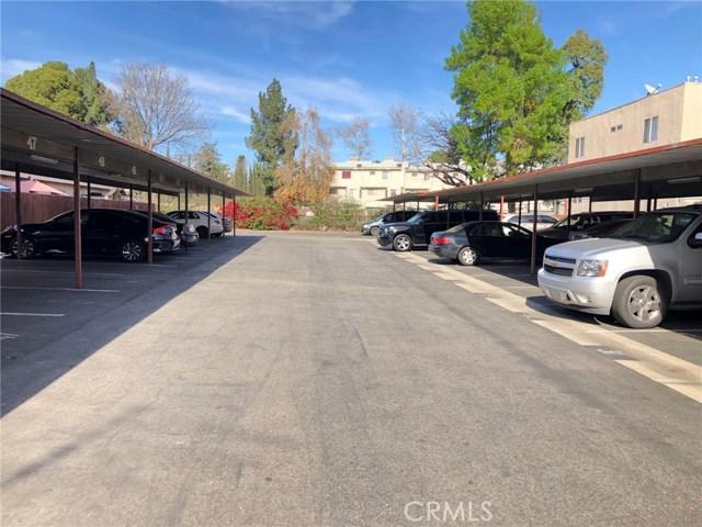 17053 Roscoe Boulevard, Northridge CA: http://media.crmls.org/mediascn/d83d7e74-5dbf-4aed-b061-be6df9ef33a9.jpg