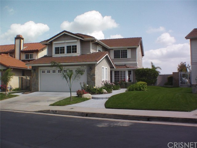 Single Family Home for Rent at 19638 Shadow Glen Circle Northridge, California 91326 United States