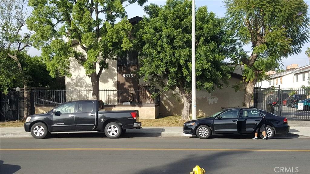 9376 MOONBEAM Avenue 9, Panorama City, CA 91402