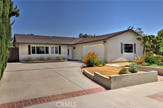 1706 Regan Circle, Simi Valley CA: http://media.crmls.org/mediascn/d9828e36-765d-46fd-8b5e-2f72d9d2cc64.jpg