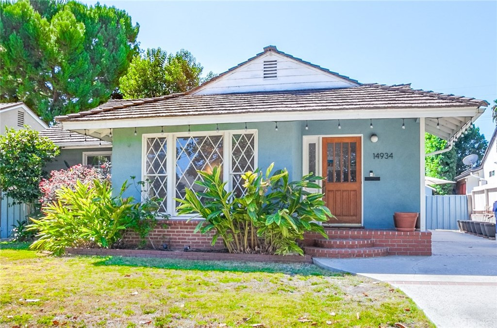 Photo of 14934 HARTSOOK STREET, Sherman Oaks, CA 91403