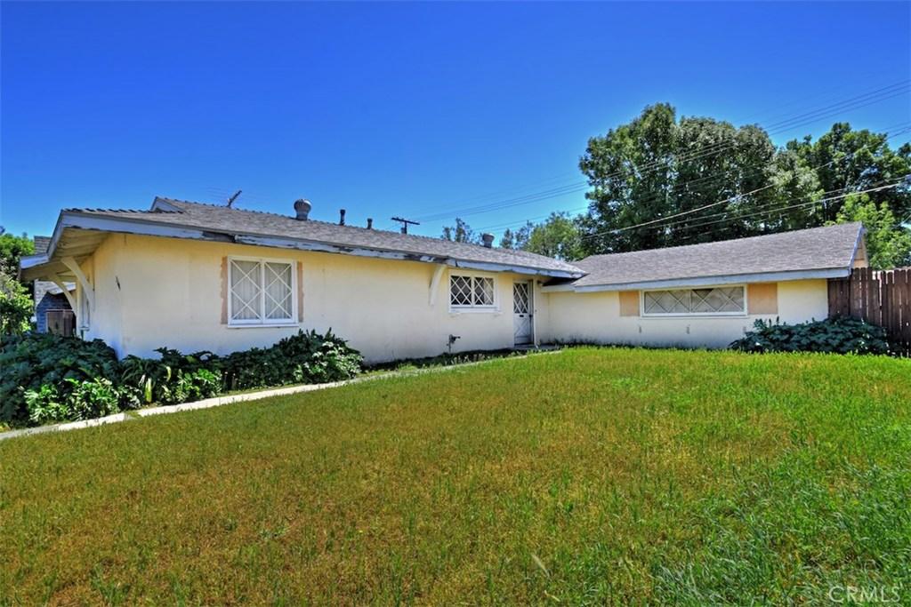 Photo of 23406 VANOWEN STREET, West Hills, CA 91307