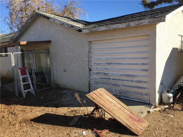 2148 W Columbia Way Palmdale, CA 93551 - MLS #: SR18296570