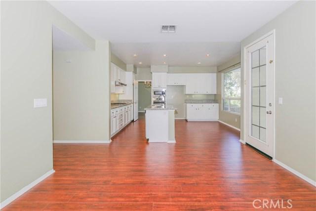 27449 Waynesborough Lane, Valencia CA: http://media.crmls.org/mediascn/d9f74f57-6a76-4241-8a53-4dac86a7967f.jpg