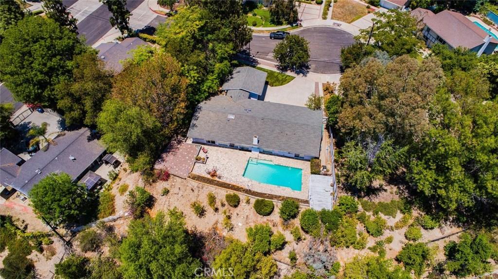 5545 Ostin Avenue, Woodland Hills, CA 91367
