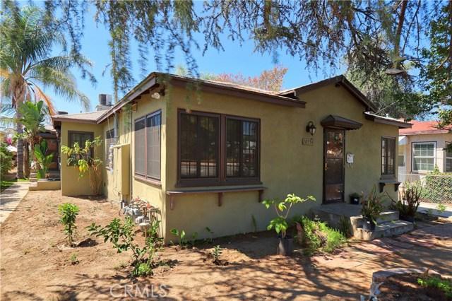 10550 Oxnard Street, North Hollywood CA: http://media.crmls.org/mediascn/da6e7425-808c-4ee3-90b1-ab5f97c490a0.jpg