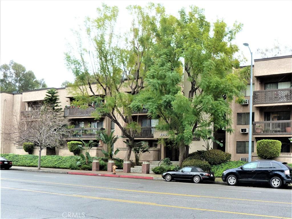 Photo of 22100 Burbank Boulevard #153F, Woodland Hills, CA 91367