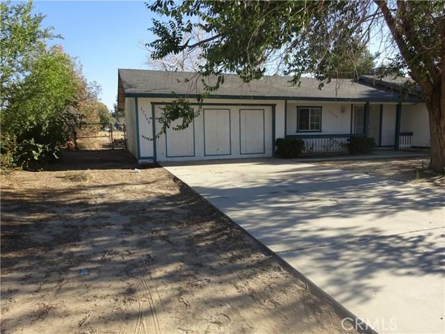 17308 Valeport Avenue, Lancaster CA: http://media.crmls.org/mediascn/da84cd21-1c23-41de-b4e5-75afe7927d92.jpg