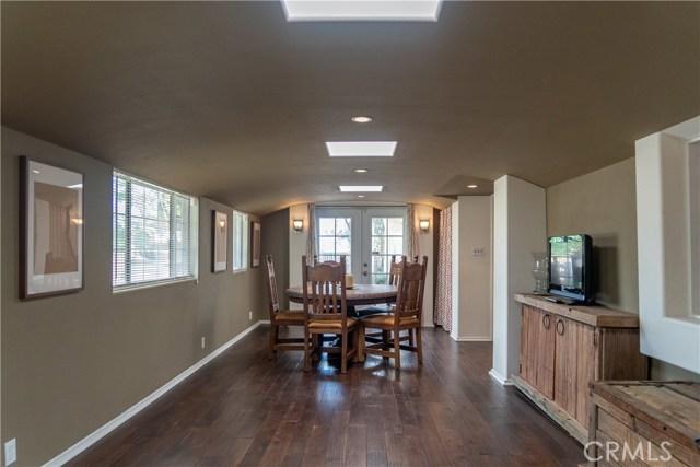 17219 Warrington Drive, Granada Hills CA: http://media.crmls.org/mediascn/da851331-08a4-4d03-b189-0fbdc4a72101.jpg