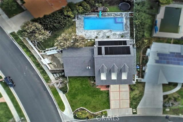 4838 Quedo Place, Woodland Hills CA: http://media.crmls.org/mediascn/dabed864-0df1-4e67-a490-57942aa889ad.jpg