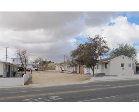 16675 Mojave Dr, Victorville, CA 92395 Photo