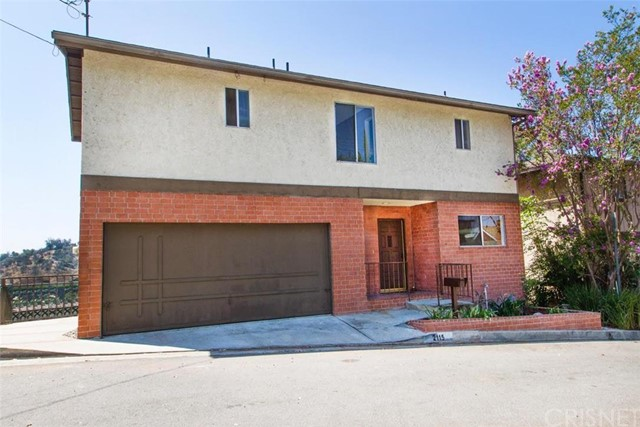 Property for sale at 2115 Camorilla Drive, Los Angeles,  CA 90065
