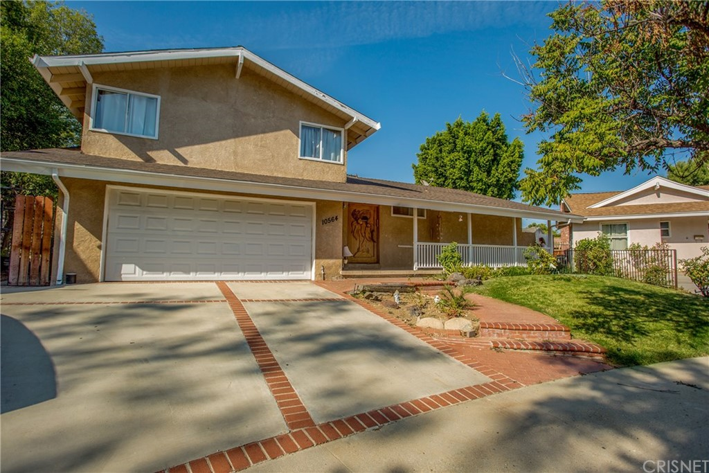 Photo of 10564 LIMERICK AVENUE, Chatsworth, CA 91311