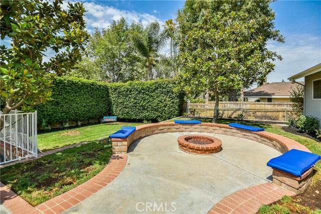 10302 Arnwood Road, Lakeview Terrace CA: http://media.crmls.org/mediascn/dbb3ce61-f7e5-4044-a5cf-dcc923640b78.jpg