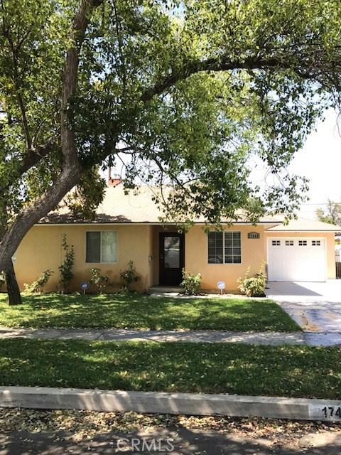 17449 Arminta Street, Northridge, CA 91325