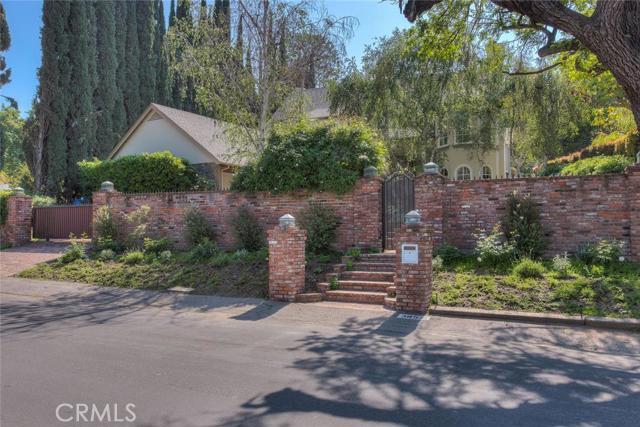 3853 Longridge Avenue, Sherman Oaks, CA 91423