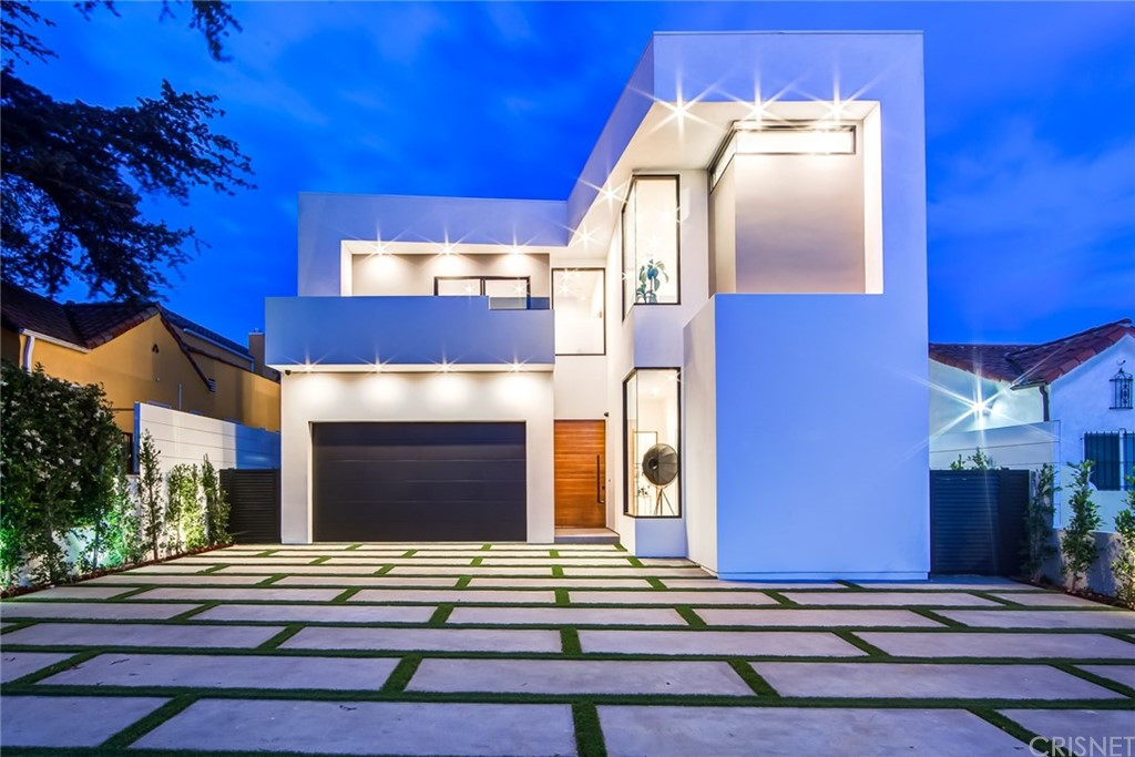 942 North Crescent Heights Boulevard, Los Angeles (City), CA 90046